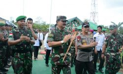 Panglima TNI dan Kapolri Kunjungi Pos Perbatasan RI-Malaysia