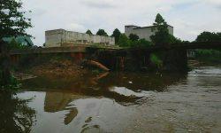 PDAM Samarinda Buang Limbah Kimia ke Sungai Karang Mumus