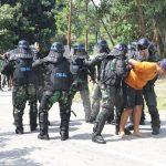 """Tim PPH Lanal Nunukan """"Demo"""" Bubarkan Aksi Unjuk Rasa"""