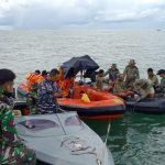 Tim SAR Turunkan Penyelam di Lokasi Tabrakan Speedboat