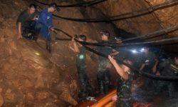 12 Remaja Thailand yang Terperangkap di dalam Gua Ditemukan Selamat