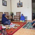 Persit Bantu Korban Kebakaran di Gang Villa Taruna