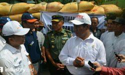 Musibah Puso di Sulsel: PT Pupuk Indonesia Salurkan Bantuan Pupuk