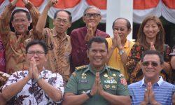 Warga Tionghoa Samarinda Bantu Korban Gempa Lombok Rp500 Juta dan 25 Paket Sandang-Pangan