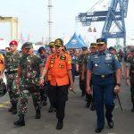 TNI Dukung Tugas Basarnas, Sudah Evakuasi 48 Kantong Jenazah