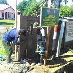 Masyarakat Malinau Antusias Bersama TNI Bangun Desa