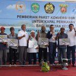 Pemerintah Salurkan 143 Unit Konverter Kit di Samarinda, Nelayan Hemat Hingga 50%