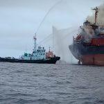 KM Golden Ocean yang Terbakar Ditarik ke Area Labuh PT PKT