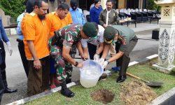 Satgas Pamtas Yonif Raider 613/Raja Alam Ikut Serta Musnahkan 18 Kilogram Sabu