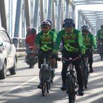 Danrem 091/ASN Bersepeda Santai dan Olahraga Bersama Prajurit dan PNS