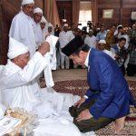 Presiden Jokowi Silaturahmi dan Diskusi Kebangsaan dengan Syekh Hasyim di Langkat