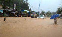 Atasi Banjir ke Bandara APT Pranoto, BPJN Tinggikan Badan Jalan DI Panjaitan
