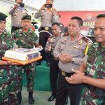 Wujud Sinergitas, Kapolda Kaltara Kunjungi Satgas Pamtas RI-Malaysia