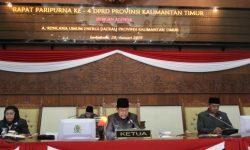 Fraksi-fraksi DPRD Kaltim Sampaikan PU terhadap 5 Raperda Usulan Pemprov Kaltim