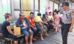 Gatal-gatal, Pekerja Rumput Laut Sebaiknya Memakai Sarung Tangan