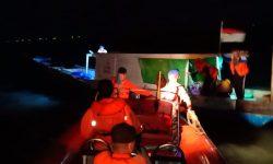 Tim SAR Kutim Evakuasi Penumpang Kapal Nelayan yang Mati Mesin