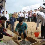 Resmikan SD dan Letakkan Batu Pembangunan Gedung Hidayatullah