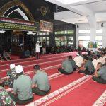 Ratusan Prajurit TNI Hadiri Peringatan Isra Mi'raj