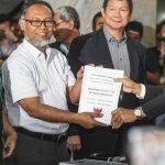 Prabowo Gugat Hasil Pilpres dengan Menyerahkan '51 Alat Bukti'