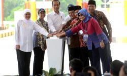 Presiden Resmikan Tol Pandaan-Malang, Minta Digratiskan Sampai Lebaran