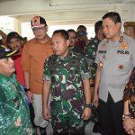 Pangdam Mulawarman dan Kapolda Kaltim Tinjau Banjir di Samarinda