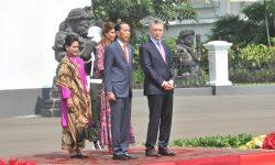 Didampingi Ibu Negara Iriana, Presiden Jokowi Terima Kunjungan Presiden Argentina