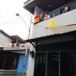 Cerita Korban Banjir Samarinda Bertahan Andalkan Makanan Bantuan