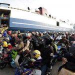 Arus Balik, Pelabuhan Malundung Padat Penumpang