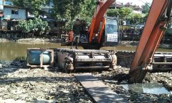 Pemprov Kaltim Libatkan TNI Keruk Pendangkalan Sungai Karang Mumus