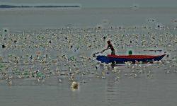 Tertutup Rumput Laut, Pelayaran dari Nunukan ke Sei Menggaris Melintasi Laut Malaysia
