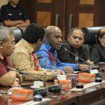 Terima Perwakilan DPRD se Papua, Moeldoko: Pemerintah Dorong Pendekatan yang Manusiawi