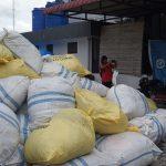 KPPBC Nunukan Periksa 6 Saksi Penyeludupan 1.098 Rombengan Ilegal Malaysia