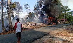 Dua Resort Terbakar Bersama Ekskavator di Maratua