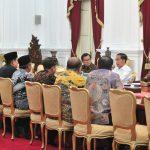 Bertemu Tokoh-Tokoh Agama, Presiden Jokowi: Jangan Ragukan Komitmen Saya Pada Demokrasi