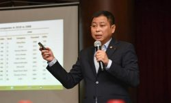 Menteri Jonan Ungkap Langkah Strategis Transisi Energi di Indonesia di Energy Action Forum