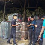 Dipasarkan ke Sulawesi, CV Filzah Impor Ribuan Ball Karpet dari Malaysia
