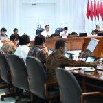Presiden Minta Menteri di Jajaran Kemenko Kemaritiman Buat Terobosan Tekan Defisit