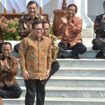 Perkenalkan Para Menteri, Presiden Jokowi: Yang Enggak Serius, Bisa Saya Copot di Tengah Jalan