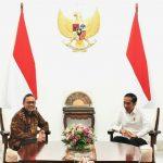 Presiden Jokowi Tanya Amandemen UUD 1945 Ke Zulkifli Hasan