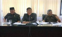 DPMPTSP Keluhkan Mobil Pelayanan Keliling Sering Mogok ke DPRD