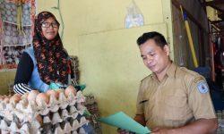 Pastikan Ketersediaan Pangan Tercukupi, DKP3 Rutin Blusukan ke Pasar
