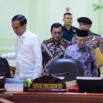 Presiden Jokowi: Kementerian PANRB Akan Pangkas Eselon IV di Tiap Kementerian