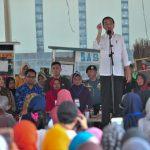 Presiden Ajak 2 Staf Khusus Milenial Tinjau Program Mekaar