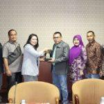 DPRD Riau – DPRD Kaltim Diskusikan Pendapatan dari Sawit