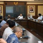 Menkop dan UKM Undang Tokoh Bahas Masa Depan Koperasi Indonesia