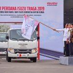 Jokowi Lepas Ekspor Isuzu Traga dan Tantang Ekspor 1 Juta Mobil