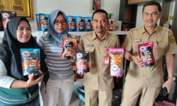 Mengenal Dua Camilan Kekinian Khas Samarinda, Kue Lapis Labu & IKOK's