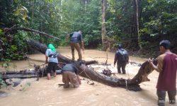 Gerakan Nunukan Hijau Pelopori Gerakan Bersihkan Aliran Sungai