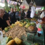 Blusukan ke Pasar Induk, Ismunandar Minta Pedagang Tertib Berjualan