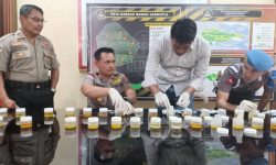 Tes Urine Polisi, Pengambilan Sampel Diawasi Hingga di WC